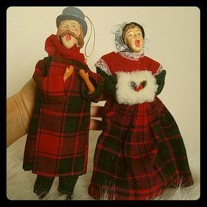 Pair of holiday Christmas carolers ornaments
